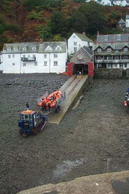 3x4 clovelly lifeboat and tractor.jpg (17459 bytes)