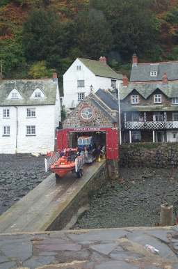 3x4 clovelly lifeboat and tractor in shed.jpg (17313 bytes)