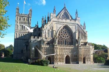 4x3 exeter cathedral west front.jpg (18260 bytes)