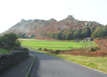 4x3 valley of rocks cricket pitch.jpg (11471 bytes)