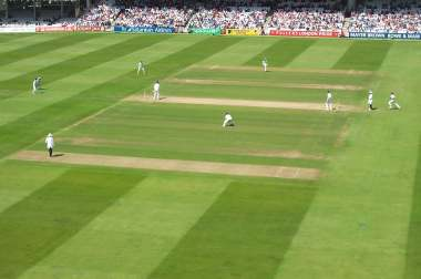4x3 Lords pitch view.jpg (12122 bytes)