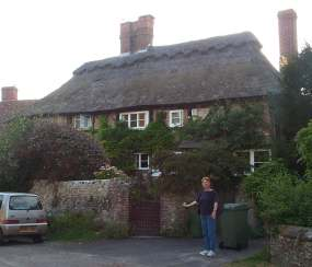 Peartree Cottage & Judy.jpg (9232 bytes)